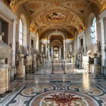 sursa: http://www.alltouristattractions.org/category/europe/vatican-city/