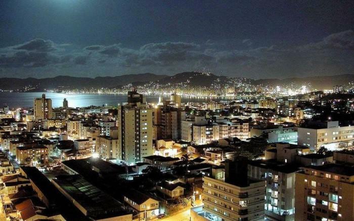 Sursa foto: paradiseintheworld.com/wp-content/uploads/2012/03/lisbon-city