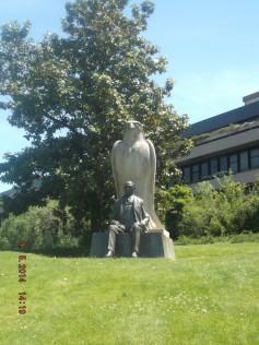 Statuia lui Calouste Gulbenkian