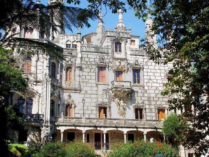 palatul (Medium)