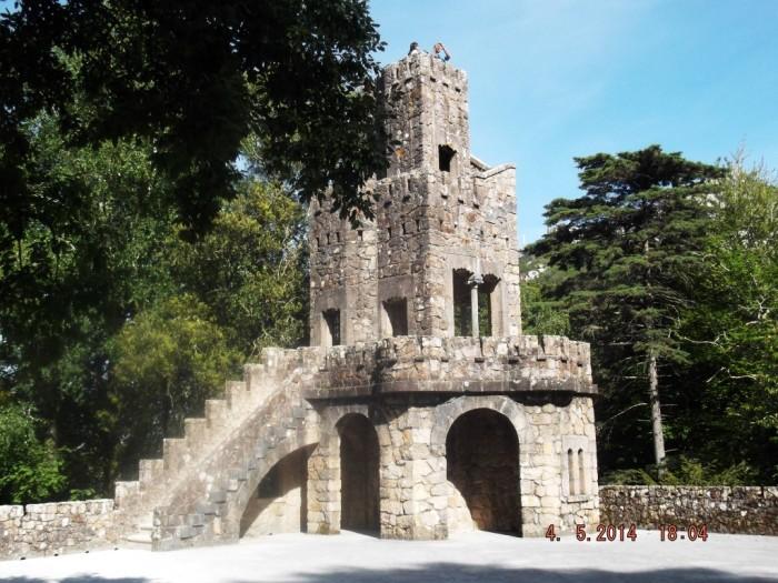 turnul de la Terasa Lumilor Ceresti (Medium)