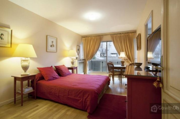 "Apartamentul ""rasfatului"". Sursa foto: http://www.all-paris-apartments.com"