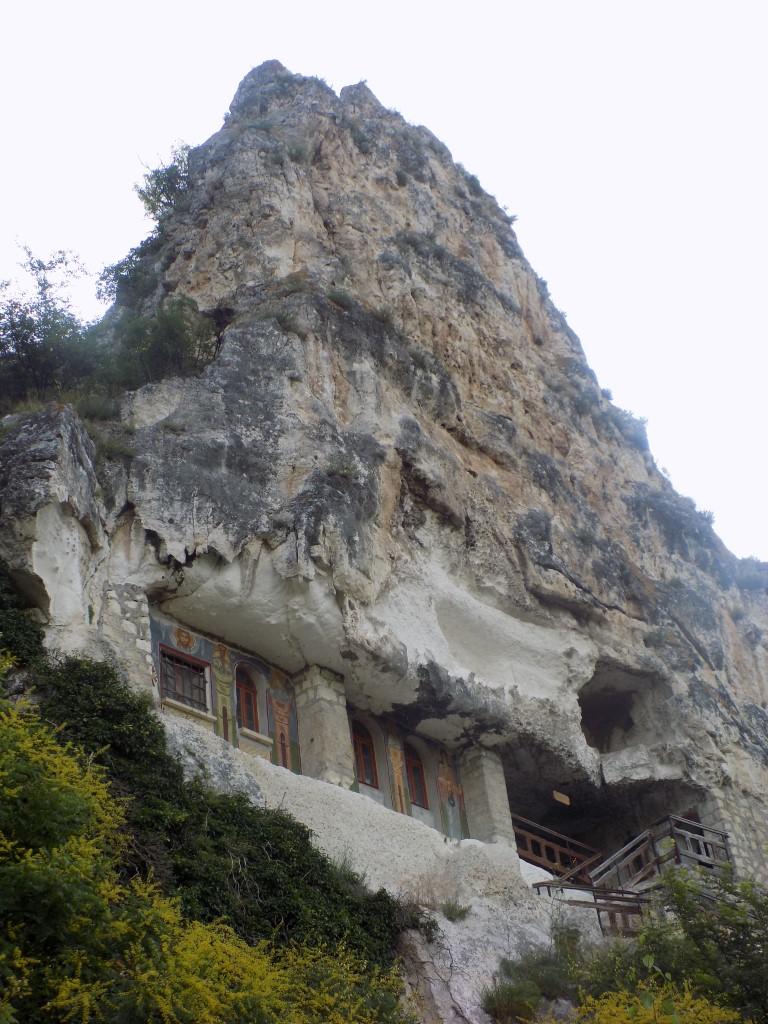 Manastirea Sf Dimitrie Basarabov