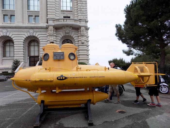 submarinul galben