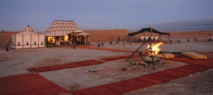 luxury-desert-camp-morocco-in-erg-chegaga-dunes0