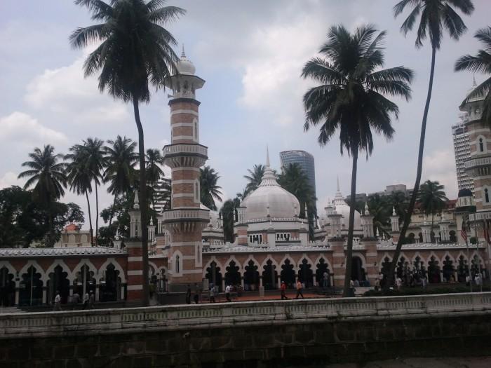 Moscheea de langa hotel