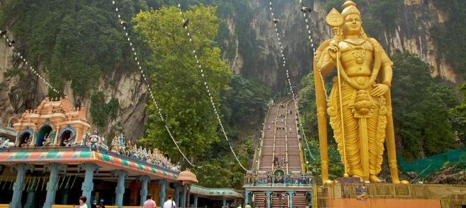 Călătorind prin Asia: Batu Caves sau Religia Universală