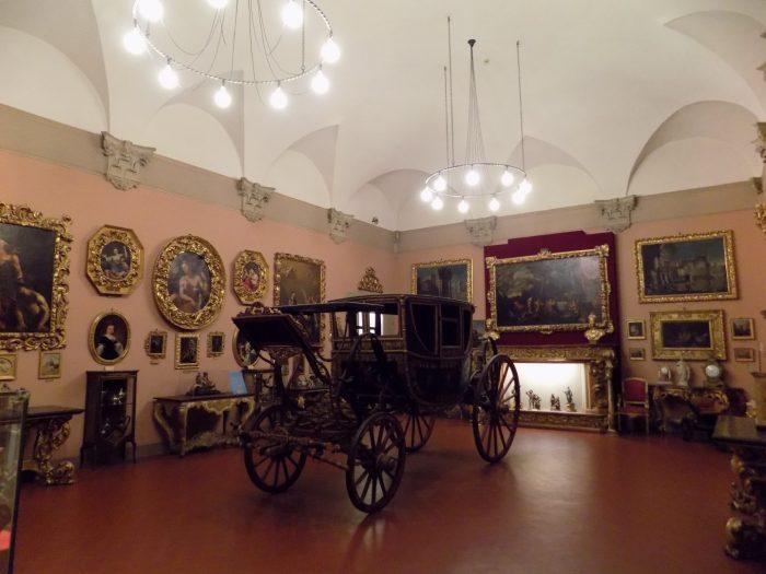 Palazzo Davia Barghellini