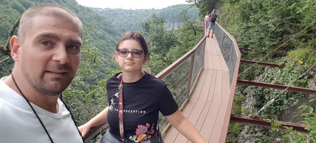 Turist in Georgia – zona Kutaisi