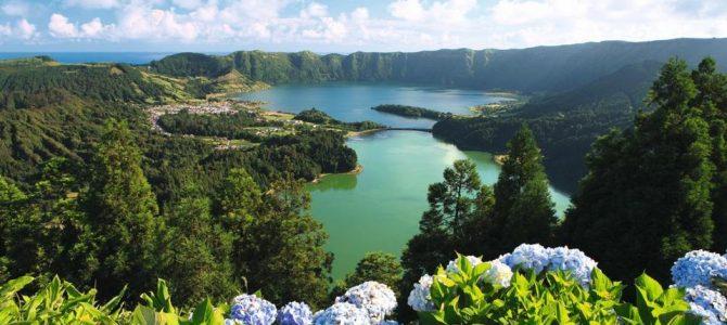 Azore si 10 Motive ca să mergi până la capătul Europei
