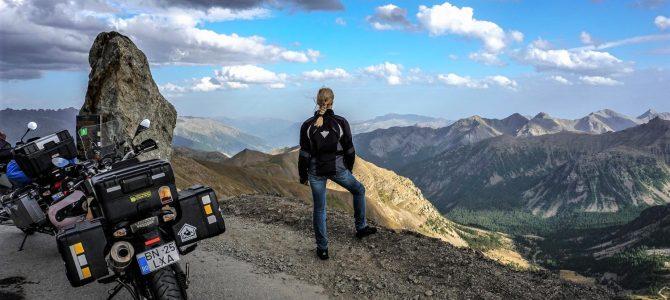 Profil de călător: În jurul lumii pe motocicletă – Alexandra Anisie