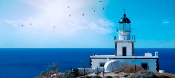 Santorini – drumuri printre apusuri, istorie si plaje